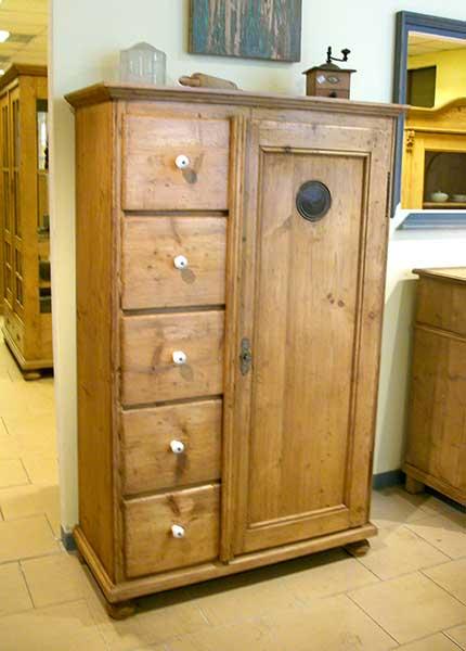 Les meubles nostalgia meubles anciens - Meubles anciens en pin ...